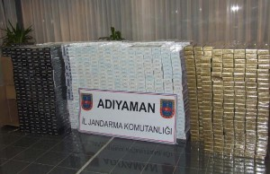 adiyamanda-kacak-sigaraya-gozalti_2679_dhaphoto2