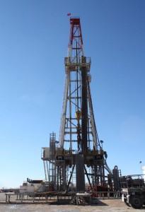 adiyamanda-gunde-10-bin-varil-petrol-uretiliyor_2937_dhaphoto3